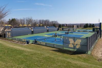 UM_tennis
