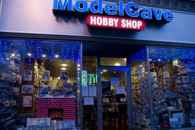 modelcave1.jpg