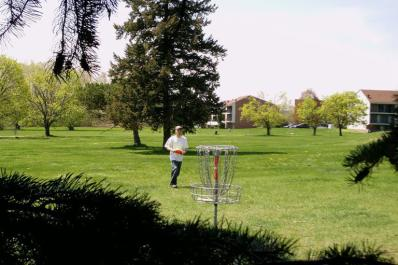 the_ponds_disc_golf_01.jpg