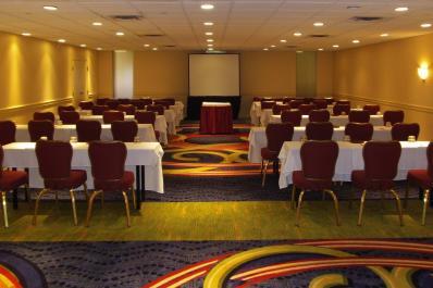 Auburn Room Hotel Fort Wayne
