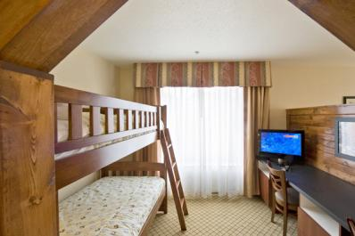 Kids-Suites-web.jpg