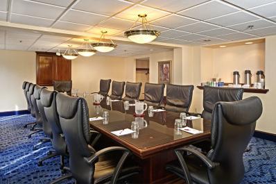 Board Room Hotel Fort Wayne