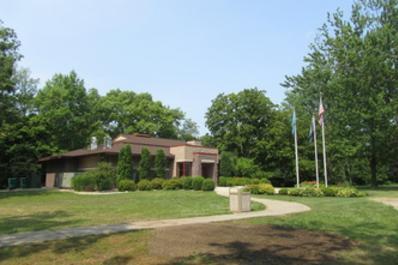 Freeland Memorial Park Bldg.