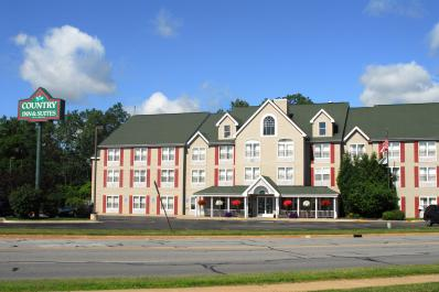 County Inn & Suites By Carlson - Birch Run