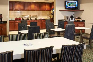 Residence Inn | Dining Area