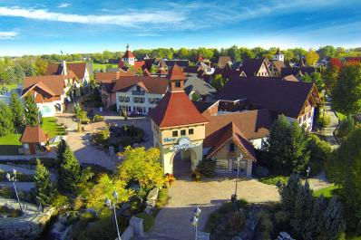 Frankenmuth River Place Shops Over Bridge