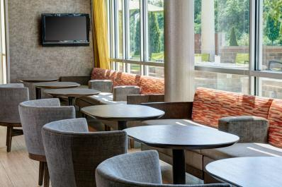 SpringHill Suites | Lobby Seating