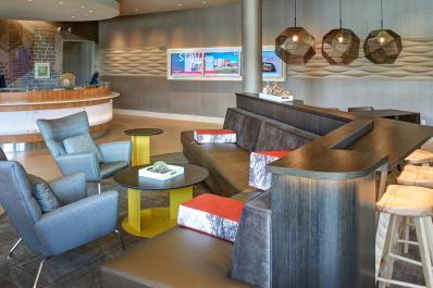 SpringHill Suites | Lobby