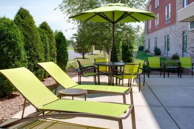 SpringHill Suites | Patio