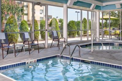 SpringHill Suites | Pool & Spa