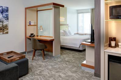 SpringHill Suites | King Suite