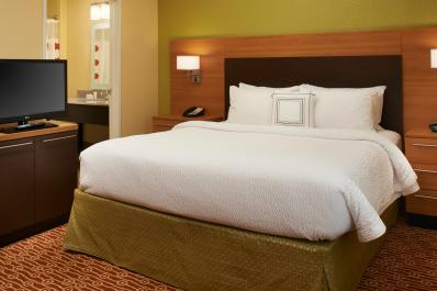 TownePlace Suites | King Suite