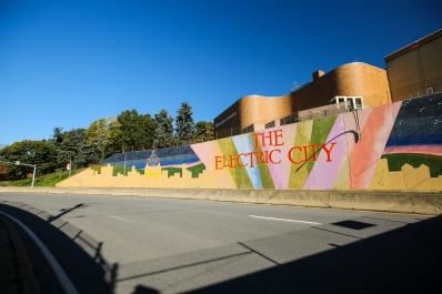 Electric_City_Mural_01_LCVB