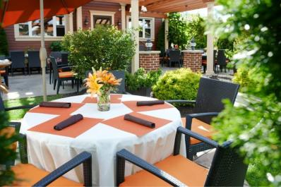 State Street Grill outdoor dining