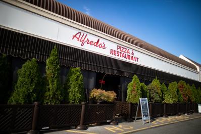 Alfredo's Exterior