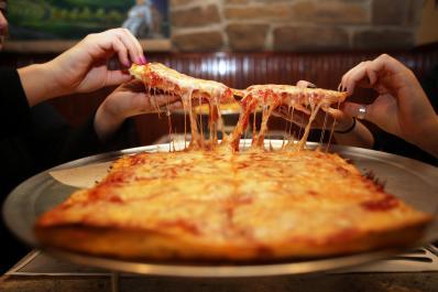 Arcaro & Genell Pizza Tray