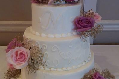 Creative Cakes & Desserts