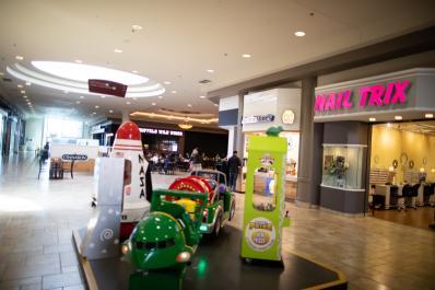 Viewmont Mall 4