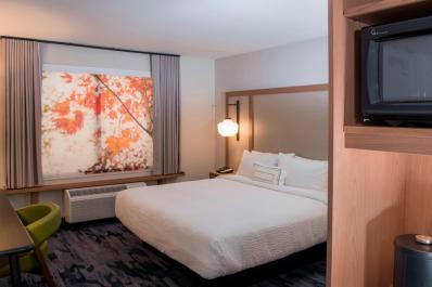 King Room at Fairfield Inn & Suites Scranton Montage Mountain