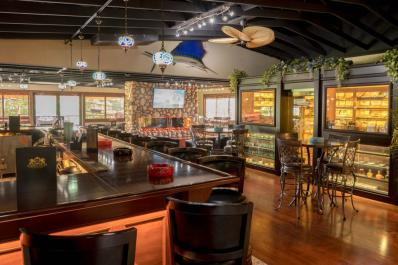 Summit Cigar Lounge & Bar