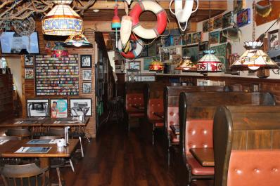 Ship's Pub
