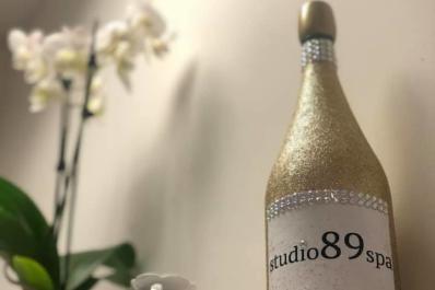 Champagne Studio 89