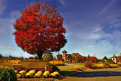 Crystal Springs Country Club Fall Entrance