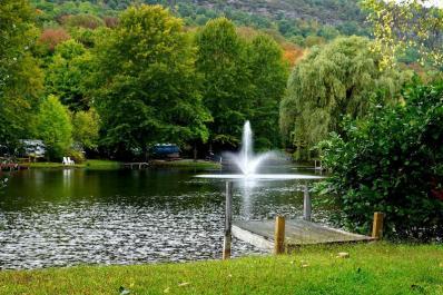 Harmony Ridge Lake