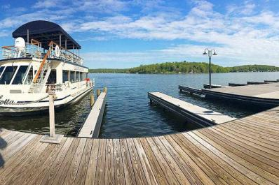 Lake Hopatcong Cruises Panoramic Dock