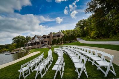 Rock Island Lake Club Outdoor Wedding