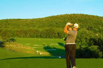 Black Bear Golf Club Golfer