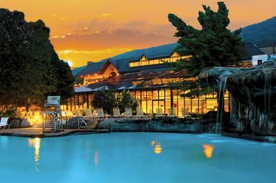 Minerals Hotel Pool View