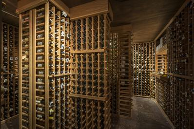 Restaurant Latour Wine Celler
