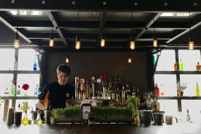 wheelHouse Bar and Grill_bar