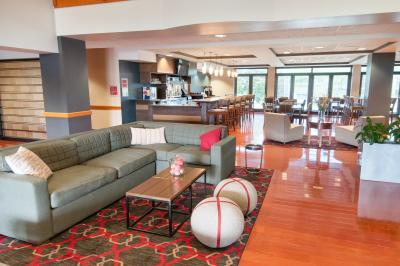 Four Points by Sheraton Columbus Polaris
