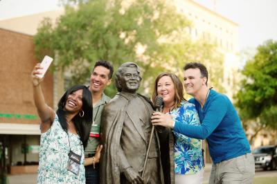 James Brown Statue - Group