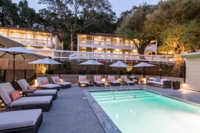 Olea Hotel Pool