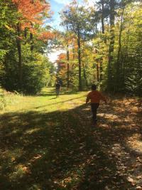 Bristol-Mountain-fall-kids-trees