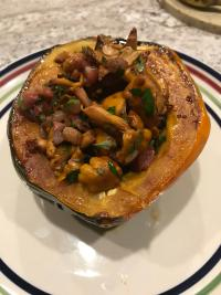Acorn squash with chanterelles and pancetta