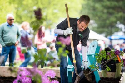 2017 Lilac Festival Garden Battles