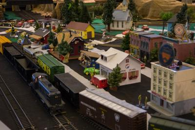 America On Wheels Holiday Train Exhibit 02