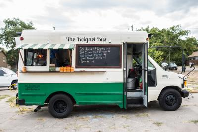 the beignet bus