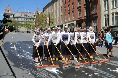 Albany Tulip Festival Street Scrubbing