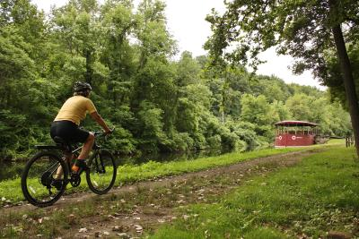 D&L National Heritage Corridor Biking along Canal - Lehigh Valley, PA