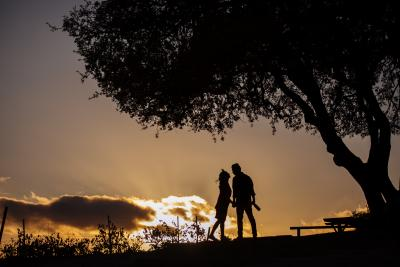 Paso Robles couple under oak tree
