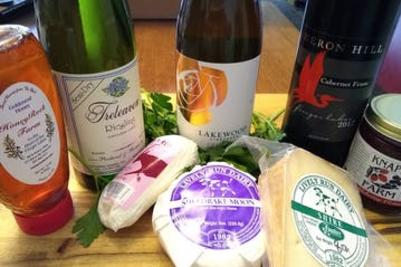 Experience The Finger Lakes wine & cheese