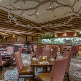 Lucky H Bar and Grille Dining Room