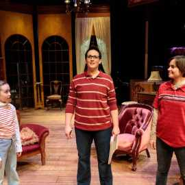 FUN HOME (2018/dav.d photography)