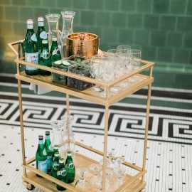 Roaming beverage cart