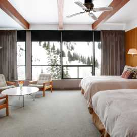 Large corner room with a mountain view at Alta Lodge.